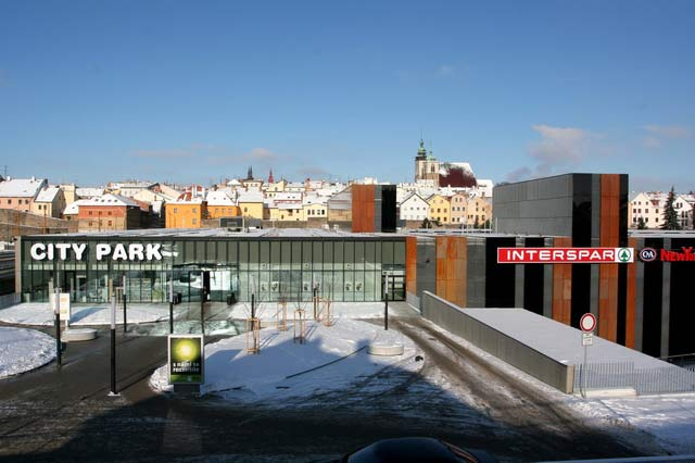 City Park Jihlava - INTERSPAR (vestavba supermarketu)