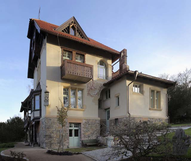 Redevelopment and reconstruction of Frantova vila - Dobrichovice